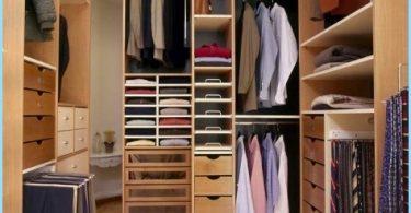 การออกแบบตู้เสื้อผ้าขนาดที่เล็กของห้องพัก