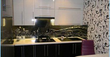 การออกแบบห้องครัวสีดำและสีขาวในอพาร์ทเม้น